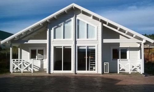 Casas de Madera de 102 m2 c/ terraza y buhardilla