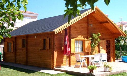 Casas de madera modelo tarrega de 63 m2 con buhardilla - Casas con buhardilla ...